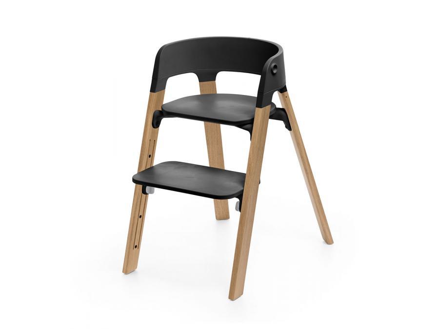 chaise stokke steps assise noire pieds en bois de ch ne. Black Bedroom Furniture Sets. Home Design Ideas