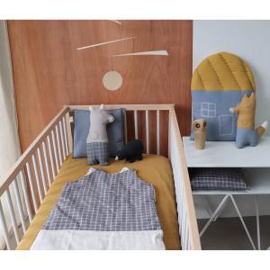Camomile London - C18MCBO - Coussin maison imprimé petits carreaux bleu / ocre - 42,5 x 56 cm (364198)