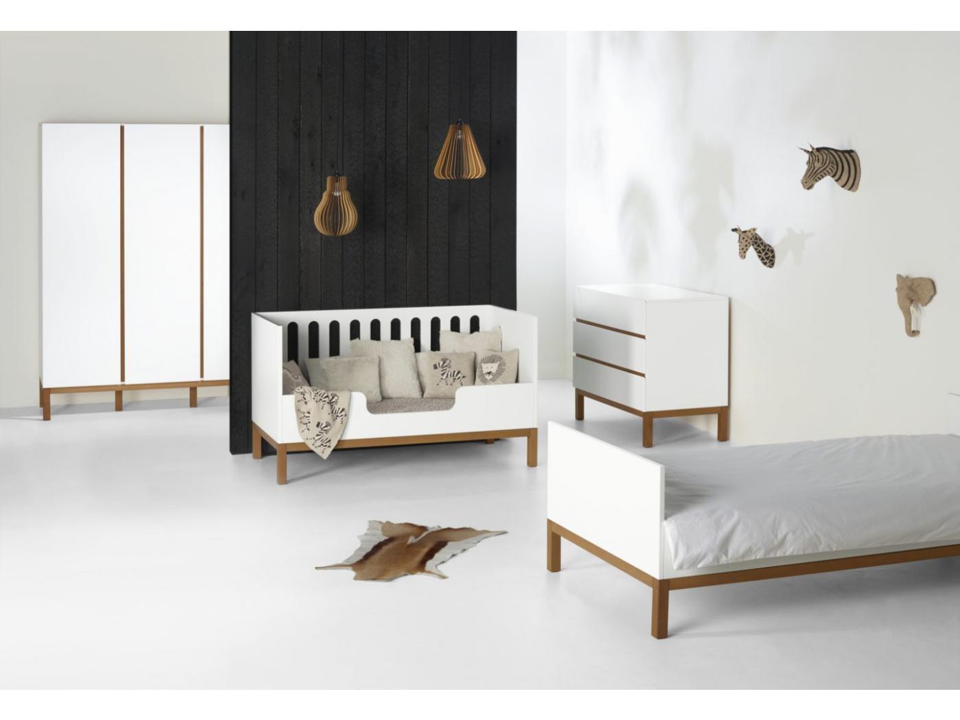 quax lit b b volutif indigo blanc 70 140. Black Bedroom Furniture Sets. Home Design Ideas