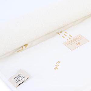 Nobodinoz - N097640 - Matelas à langer Nomad 60x35 cm en coton organique  gold secrets - white (387064)