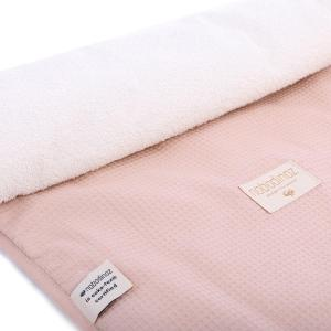 Nobodinoz - N097824 - Matelas à langer Nomad 60x35 cm coton uni misty pink (387086)
