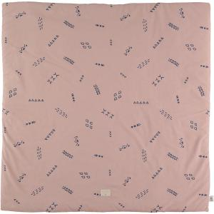 Nobodinoz - N103174 - Tapis de jeu Colorado 100x100 cm blue secrets - misty pink (388300)
