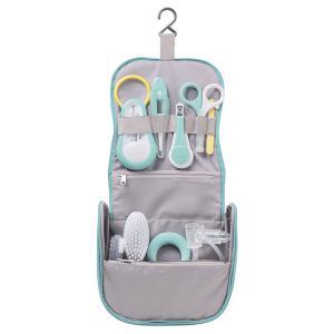 Beaba - 920330 - Trousse de toilette nomade 9 accessoires vert d'eau (405850)