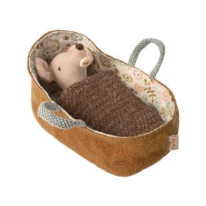 Maileg - BU039 - Set de poupées maman, papa et bébé dans la nacelle (415584)