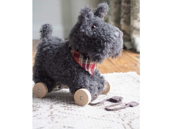Dogs et puppies - scottie dog pull along