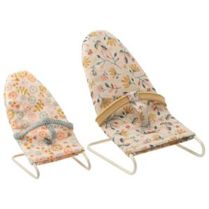 Maileg - 11-0107-00 - Babysitter, Micro  - Taille 9,5 cm - à partir de 36 mois (421700)