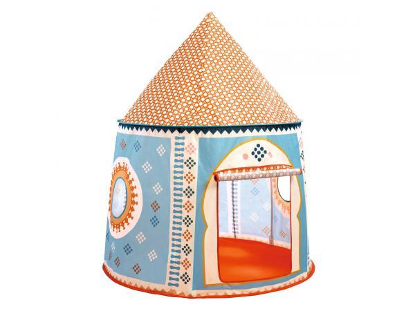 Maison, cabanes et tipi cabane orientale