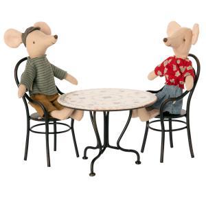 Maileg - 11-0114-00 - Set table à manger avec deux chaises -  Hauteur : 8 cm (455108)